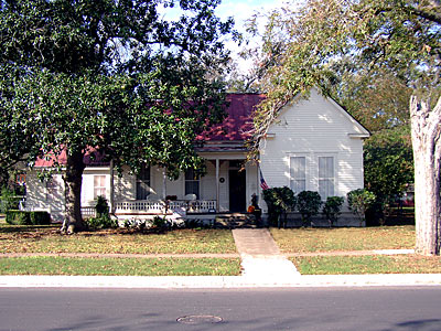 2003 holiday historical homes tours in bastrop texas for Home builders bastrop tx